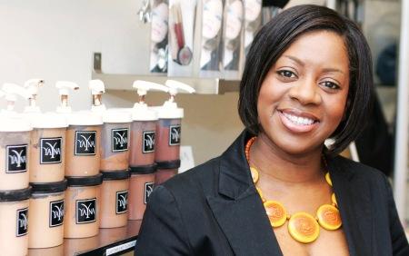 Yana Johnson of Yana Cosmetics Brockley.© 2008 Ian Stratton07860 490841