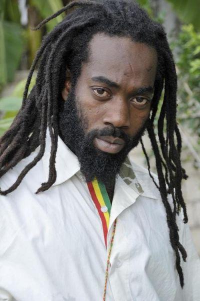 Ras Zacharri Reggae