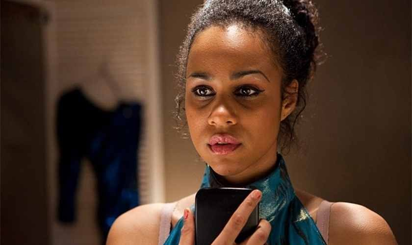 Zawe Ashton as Joyce Vincent